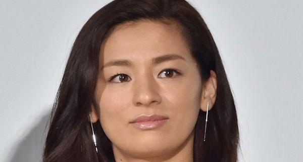 【スピード離婚】尾野真千子が離婚していたことが判明!離婚の本当の理由は過去の騒動の可能性が・・・。