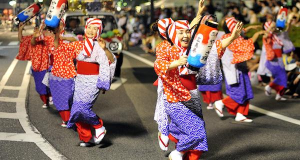 三原やっさ祭り2018の駐車場や花火の時間は?交通規制についても紹介!