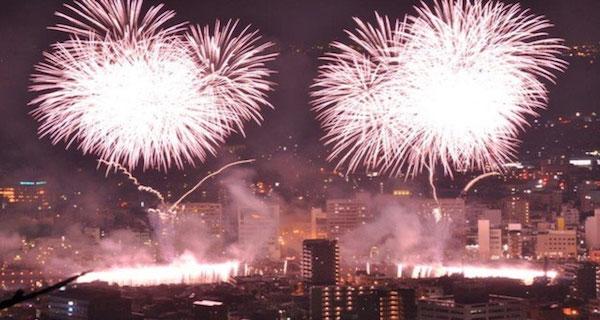 沼津夏祭り2019!ディズニーパレードの穴場と桟敷席について紹介!